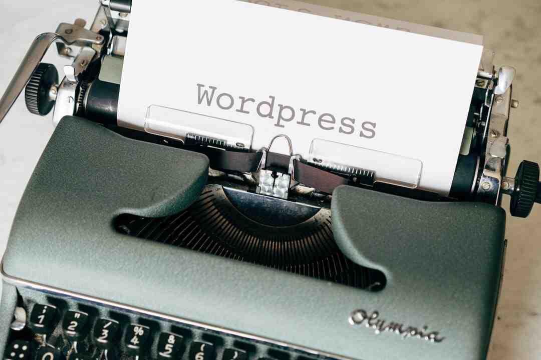 Wordpress comment ajouter un article dans une page